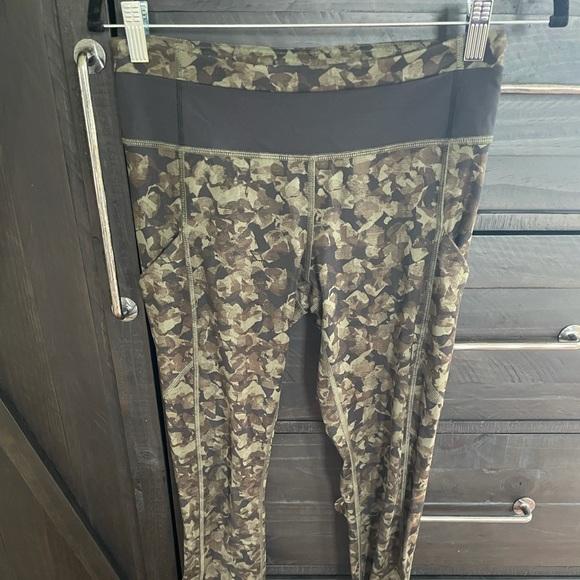 Lululemon camo print leggings.  Size 6